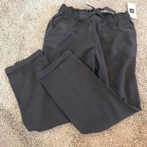 GAP gray flowy pants